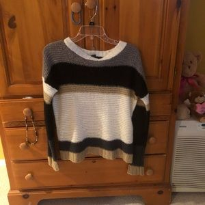 Forever 21 stripped long sleeve sweater